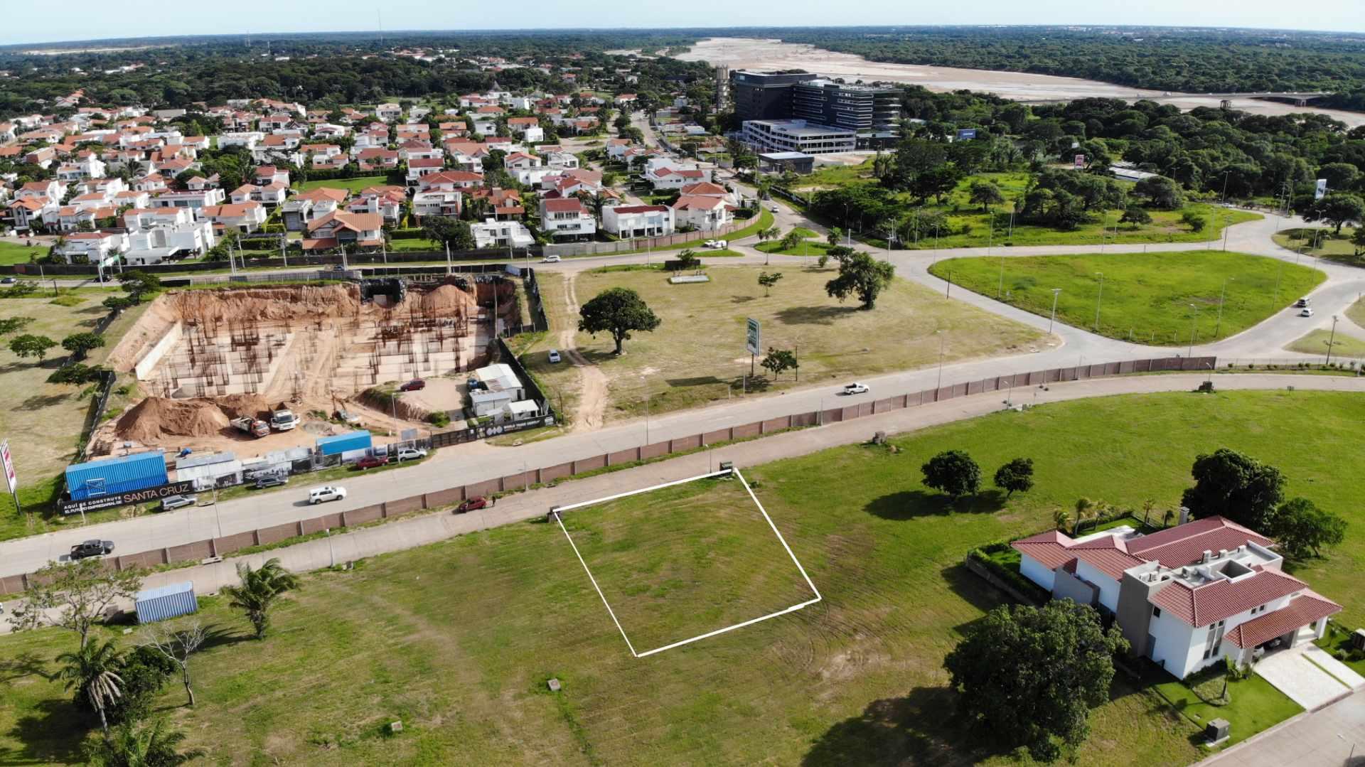 Terreno en Venta Zona Urubo, Condominio Colinas del Urubo Foto 6