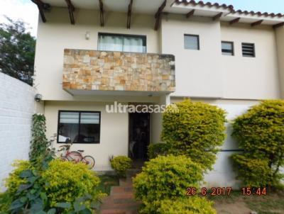 Casa en Venta en Santa Cruz de la Sierra 5to Anillo Oeste BARRIO HILANDERÍA ZONA OESTE