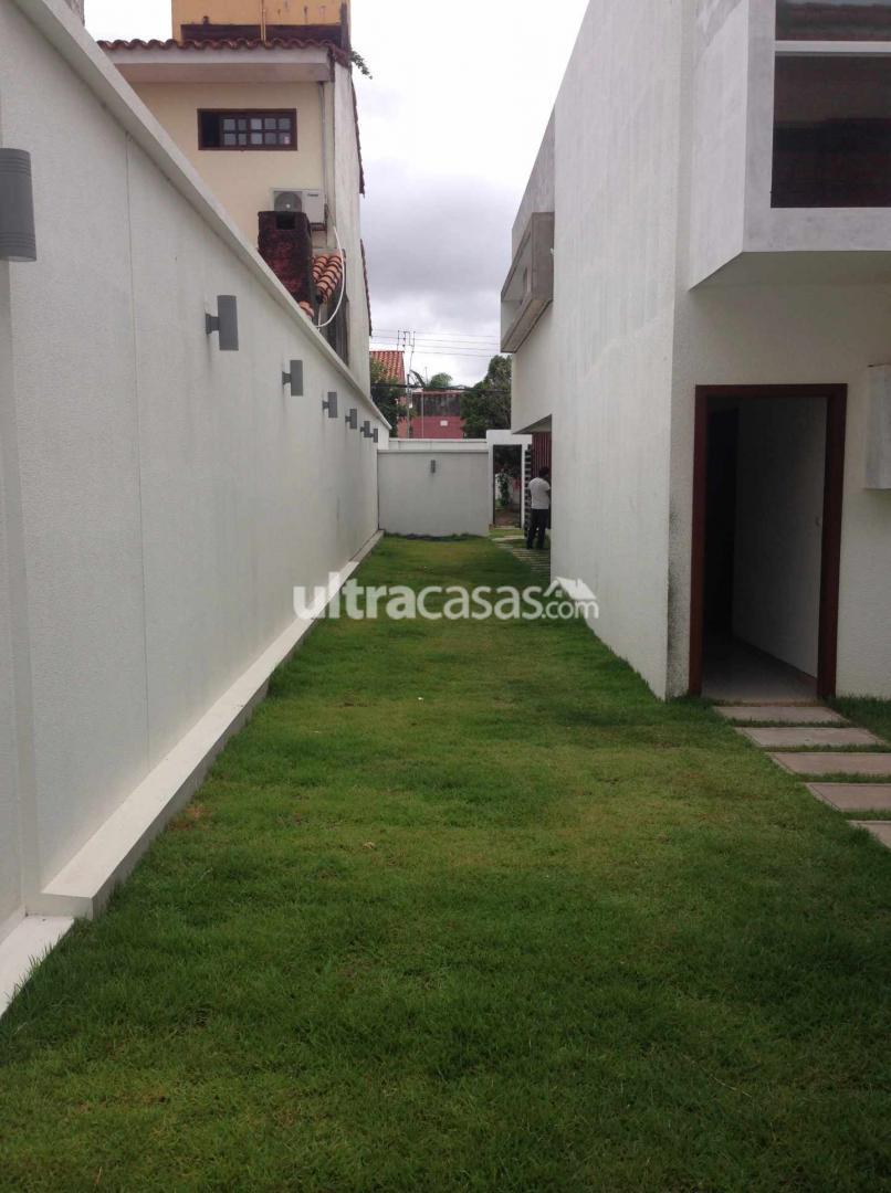 Casa en Venta Las Palmas, entre 3er y 4to anillo (1 cuadra de la Av. Piraí y a 4 cuadras del 4to Anillo) Foto 19