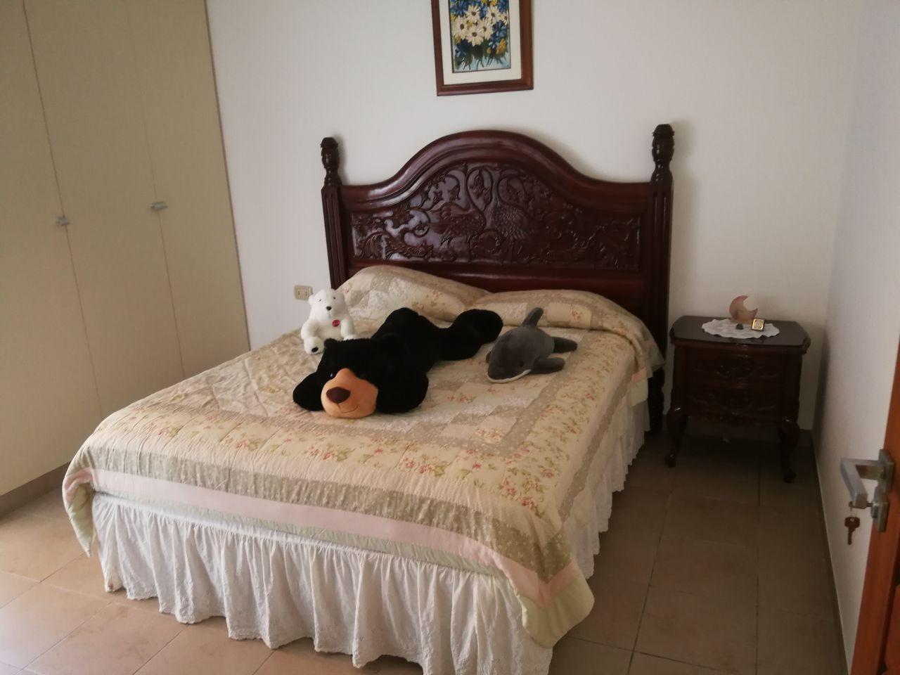 Casa en Alquiler JARDINES DEL URUBO ALQUILO CASA AMOBLADA Y EQUIPADA Foto 6