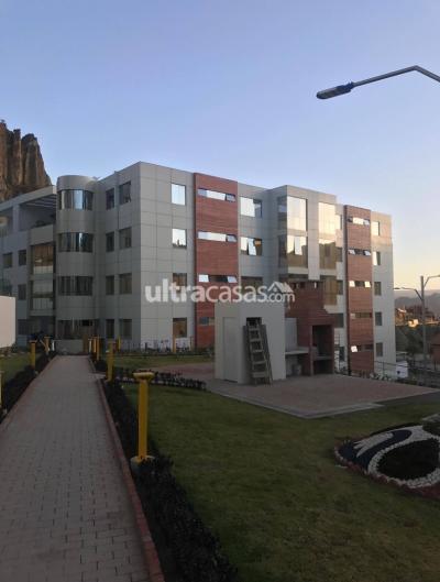 Departamento en Alquiler en La Paz Achumani Condominio Vista Jardin, Av. B, entre calles 2 y 3, sector Huantaqui (a 30 segundos en auto del condominio Francia)