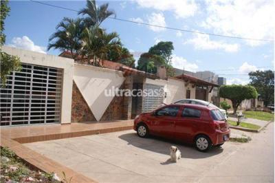 Casa en Venta en Santa Cruz de la Sierra 4to Anillo Norte calle 3 norte