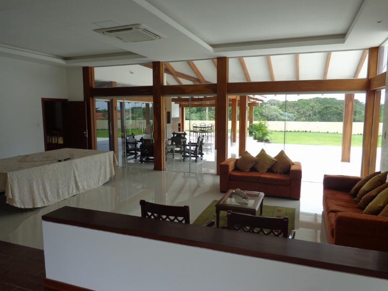 Casa en Venta Espectacular Casa en venta Condominio Colinas II Urubo Foto 6