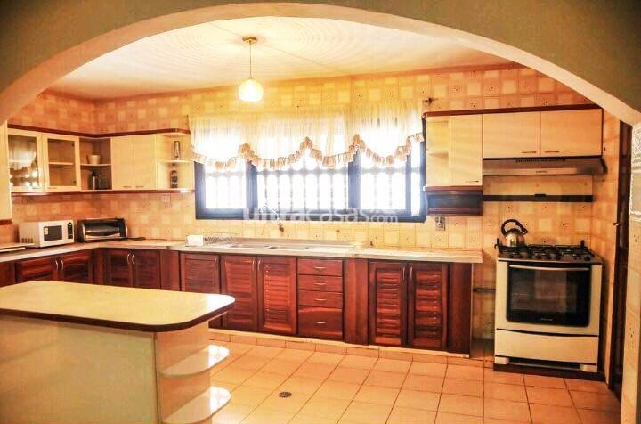 Casa en Venta BARRIO URBARI  Foto 5