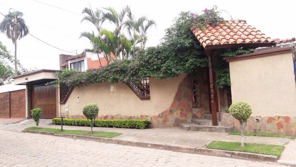 Casa en Venta BARRIO URBARI  Foto 13
