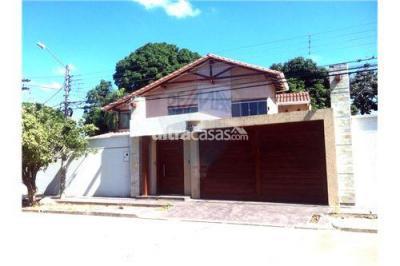Casa en Venta en Santa Cruz de la Sierra 2do Anillo Sur la barranca