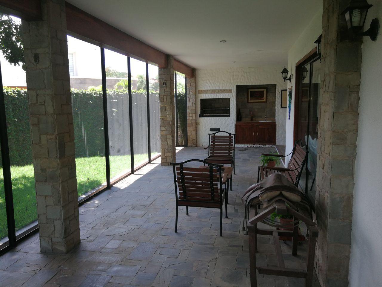 Casa en Alquiler JARDINES DEL URUBO ALQUILO CASA AMOBLADA Y EQUIPADA Foto 10