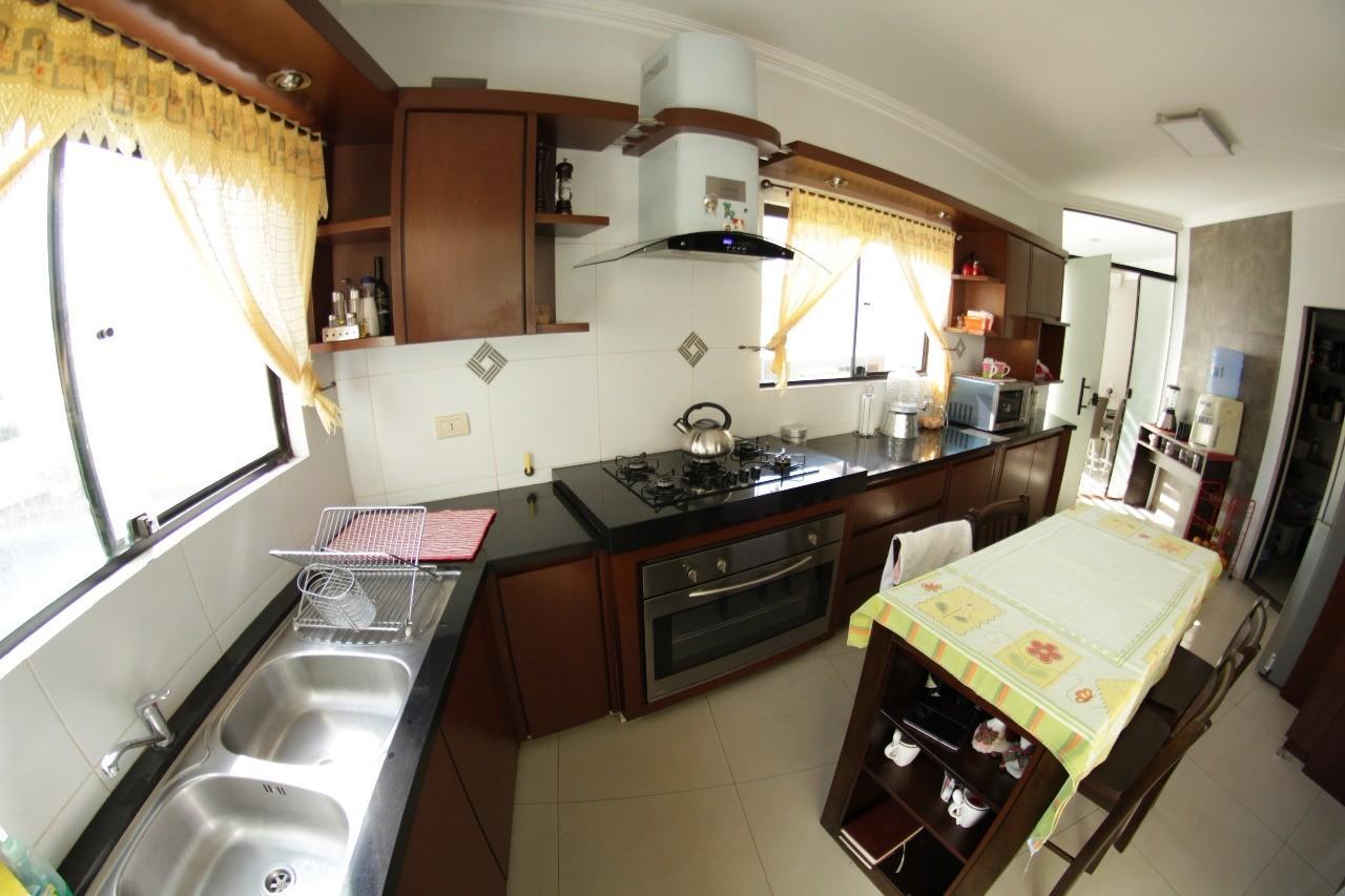 Casa en Venta Av. Banzer entre 7mo. y 8vo. anillo Foto 3