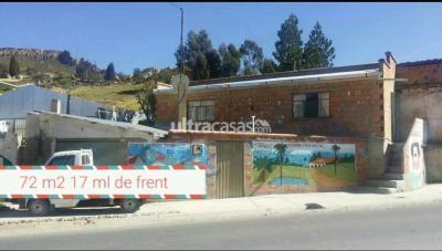 Casa en Venta en La Paz Achocalla Achocalla sobre Av. La Paz en pleno centro frente a Derechos Reales y una Cuadra a la Plaza Principal