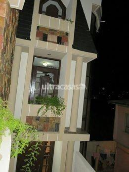 Casa en Venta en Sucre Sucre Guillermo Loayza # 105