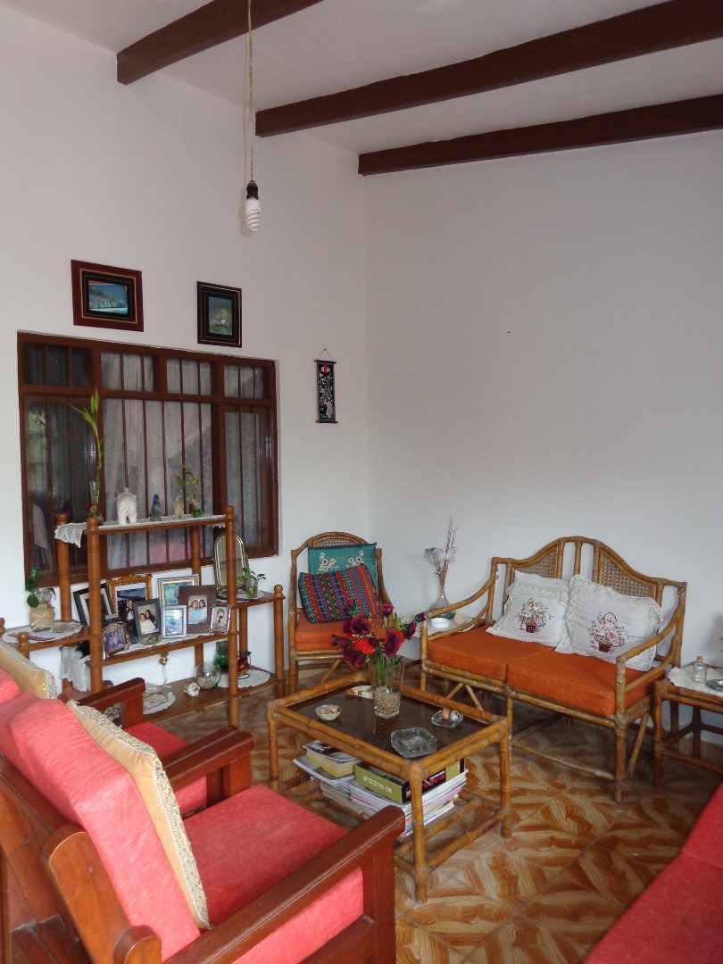 Casa en Venta Av . BANZER Foto 2