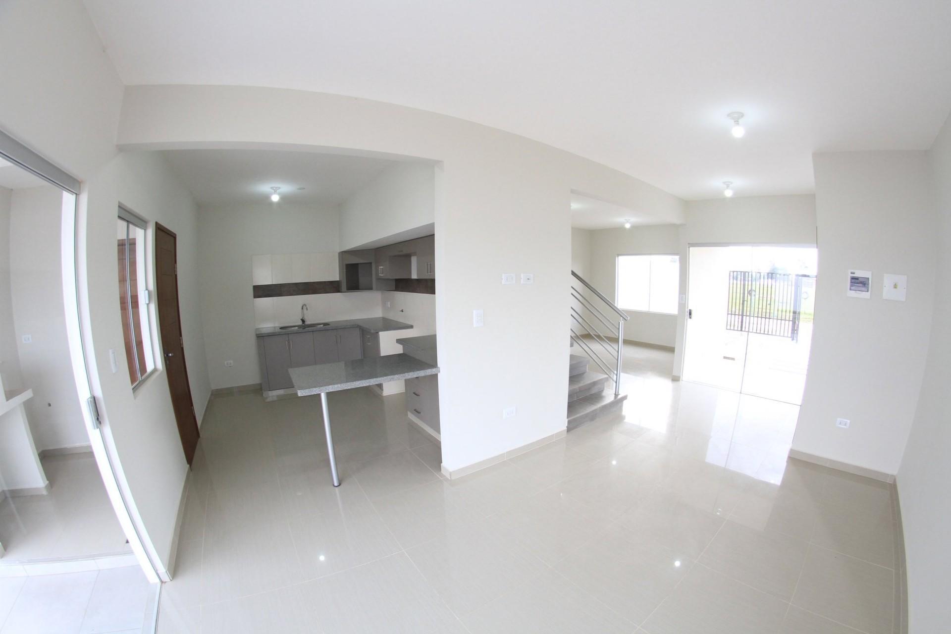 Casa en Venta AV. MONTE CRISTO Foto 2