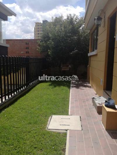 Casa en Venta en La Paz Cota Cota c. 31 de Cota Cota