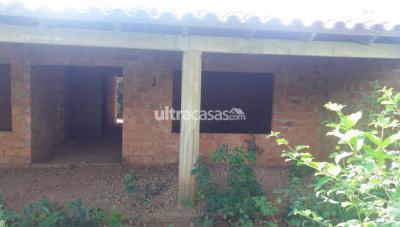 Casa en Venta en Santa Cruz de la Sierra Carretera Cotoca entre cotoca y paurito