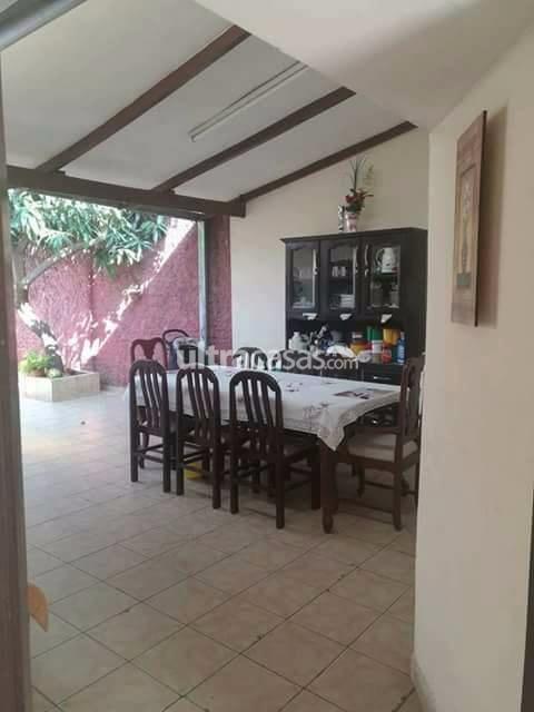 Casa en Venta Ubicada Entre Av. Paragua y Mutualista, Entre 2° y 3° Anillo. Foto 6