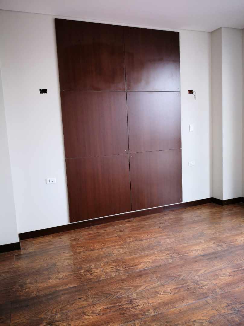 Departamento en Venta Barrio Urbari, a dos cuadras del segundo anillo, Edificio Andreas Premium Loft Foto 4