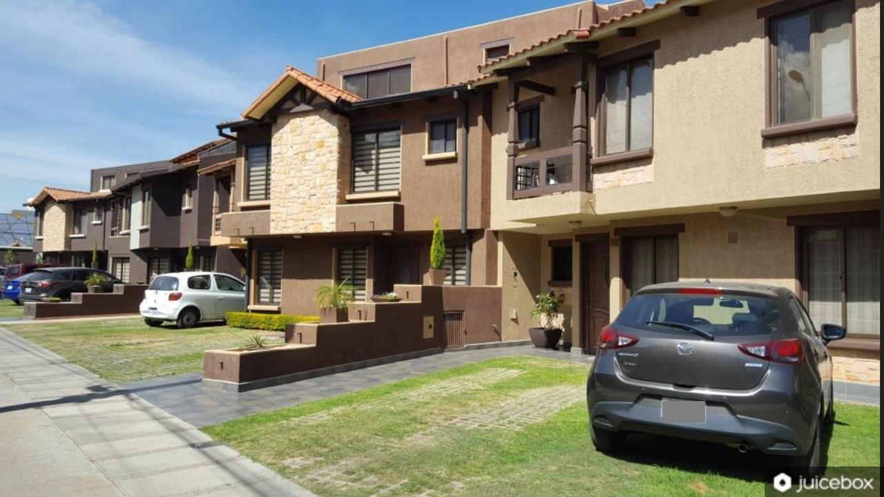Linda Casa En Condominio Cerrado Zona Norte Cochabamba