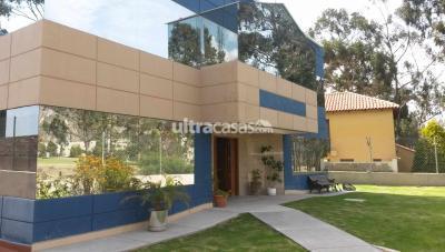 Casa en Alquiler en La Paz Mallasilla casa alq en el Golf Club La Paz