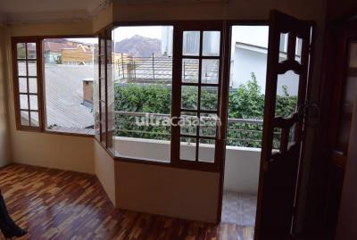 Casa en Anticretico en La Paz Obrajes Bella Vista, Obrajes