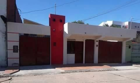 Casa en Venta Casa Ubicada En El 4° Anillo, Canal Cotoca. Foto 3
