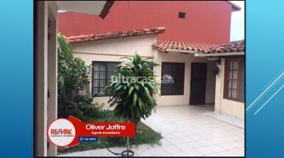 Casa en Venta en Santa Cruz de la Sierra Equipetrol calle Claudio Peñaranda