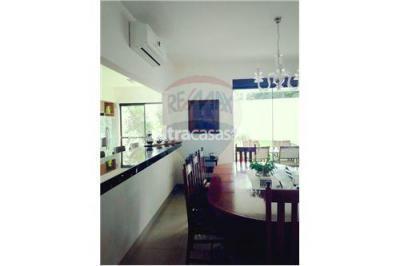 Casa en Alquiler en Santa Cruz de la Sierra 2do Anillo Oeste Avenida Piraí entre 4to y 5to anillo