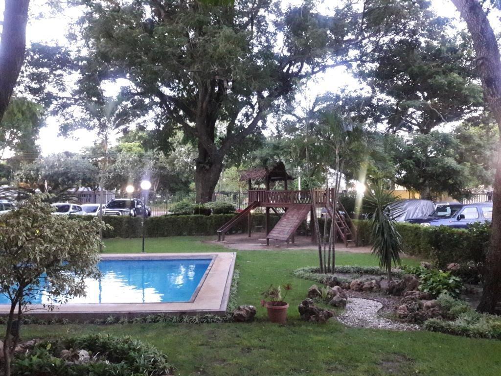 Departamento en Venta AV. ROCA Y CORONADO - CONDOMINIO CURUPAU 2 Foto 2