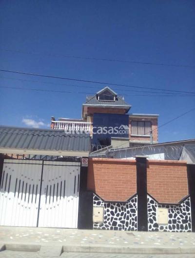 Casa en Venta en El Alto Villa Adela Zona primero de mayo a una cuadra de la plaza principal  plan 50 manzano k # 7