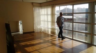 Departamento en Anticretico en La Paz Achumani Anticretico opcion venta Achumani calle 41: