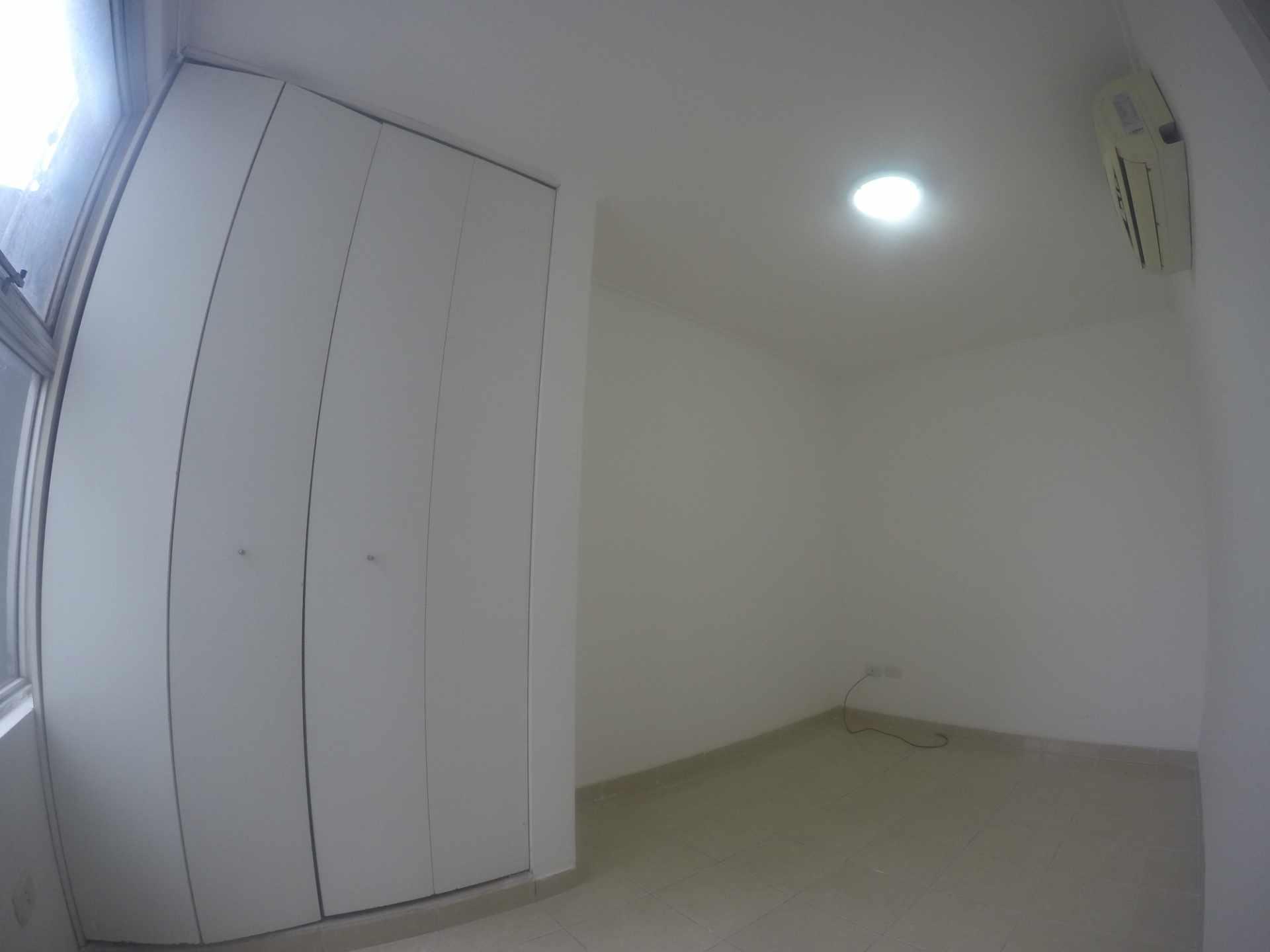 Departamento en Venta Condominio San Antonio [Av. Banzer 2do. y 3er. Anillo], De ocasión vendo departamento de 2 dormitorios sin parqueo. [69.000$us.] Foto 4