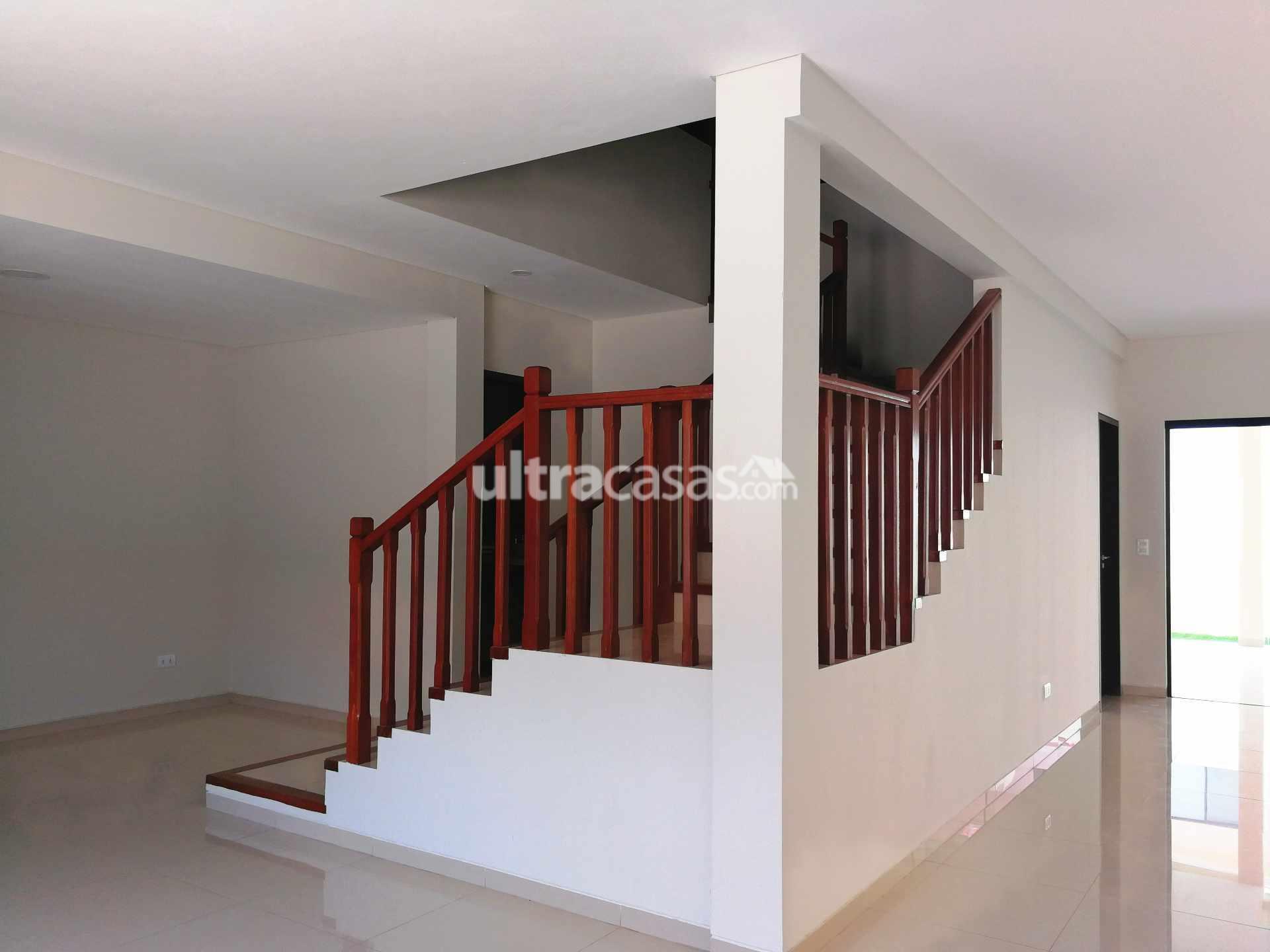 Casa en Anticretico Av. Beni 8vo. Anillo Foto 10