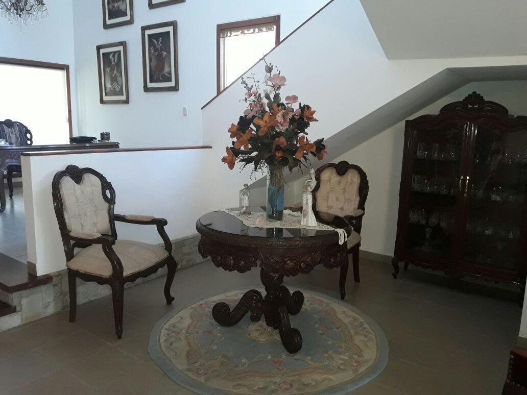 Casa en Alquiler JARDINES DEL URUBO ALQUILO CASA AMOBLADA Y EQUIPADA Foto 17