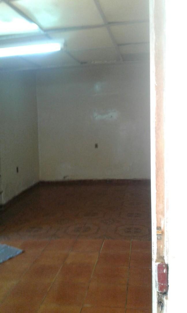Casa en Alquiler Av. 6 de agosto # 167 {acera oeste} entre Santa Barbara y Jaen Foto 1