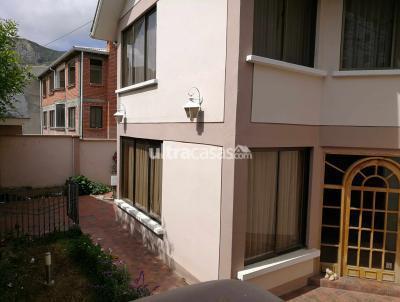 Casa en Alquiler en La Paz Cota Cota Calle 36 de Cota Cota a dos cuadras de Diverland