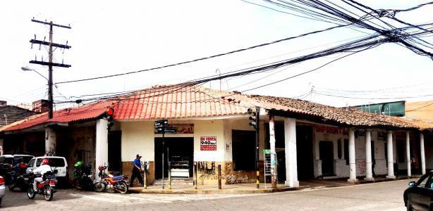Terreno en Venta ¡En pleno centro inmueble  en esquina a la venta! Foto 2