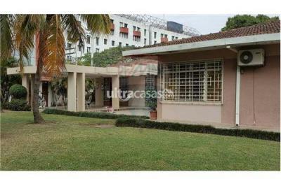 Casa en Alquiler en Santa Cruz 1er Anillo Norte