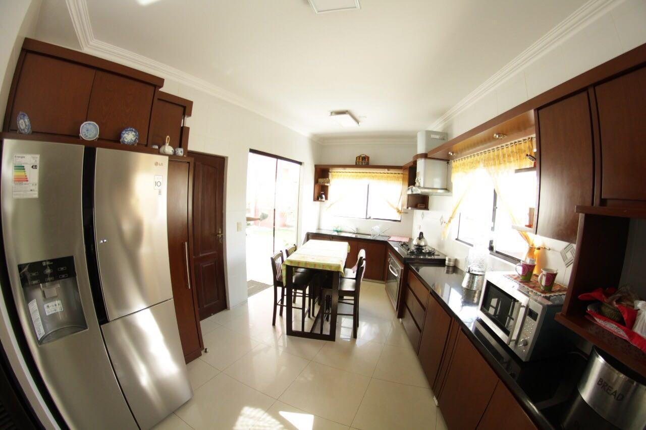 Casa en Venta Av. Banzer entre 7mo. y 8vo. anillo Foto 4