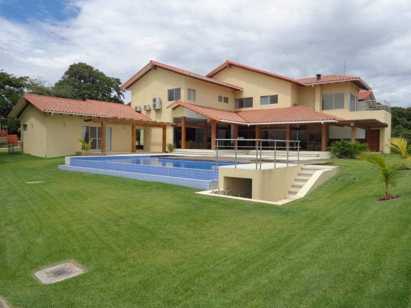 Casa en Venta Espectacular Casa en venta Condominio Colinas II Urubo Foto 7