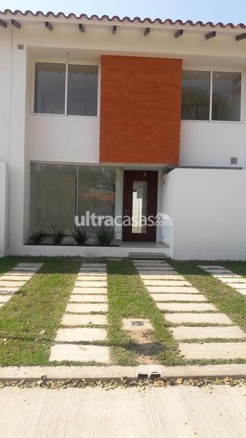 Casa en Alquiler en Santa Cruz de la Sierra 4to Anillo Norte Radial 27 4to anillo CONDOMINIO CERRADO