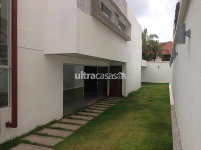 Casa en Venta Las Palmas, entre 3er y 4to anillo (1 cuadra de la Av. Piraí y a 4 cuadras del 4to Anillo) Foto 28