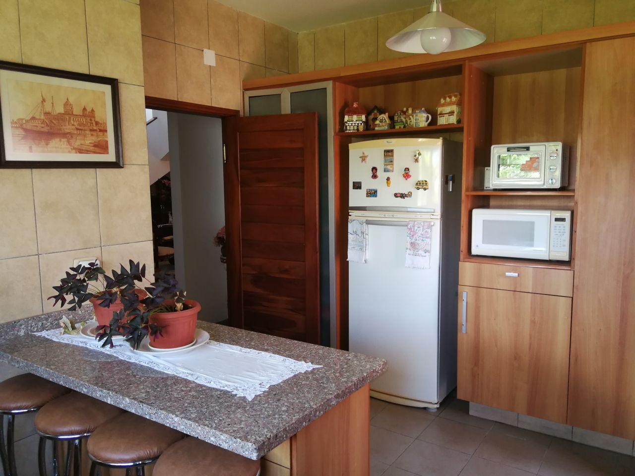Casa en Alquiler JARDINES DEL URUBO ALQUILO CASA AMOBLADA Y EQUIPADA Foto 2