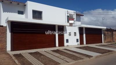Casa en Venta en Santa Cruz de la Sierra 2do Anillo Este Av. Paragua y Canal Cotoca 2do anillo