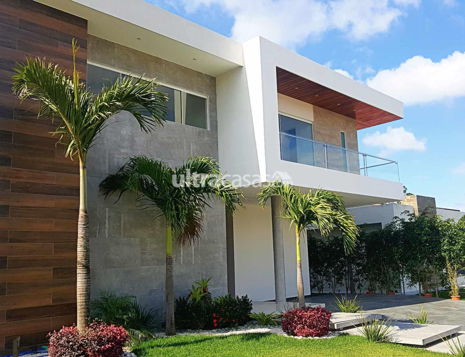 Casa en Venta Urubó  Foto 1