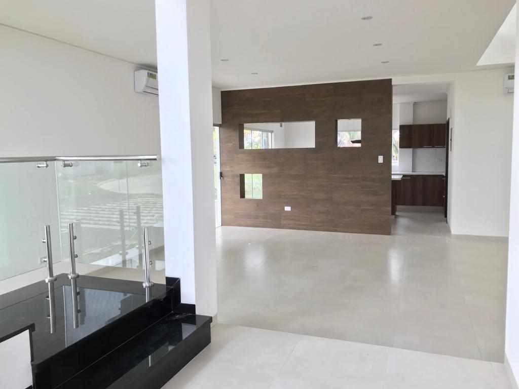 Casa en Venta URUBO CONDOMINIO MIRAGE Foto 2