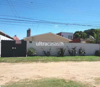 Casa en Venta en Santa Cruz de la Sierra 4to Anillo Sur AVENIDA SANTOS DUMONT ENTRANDO UNA CUADRA
